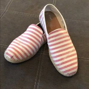 Women's Size 9 Red and White stripped TOMS.